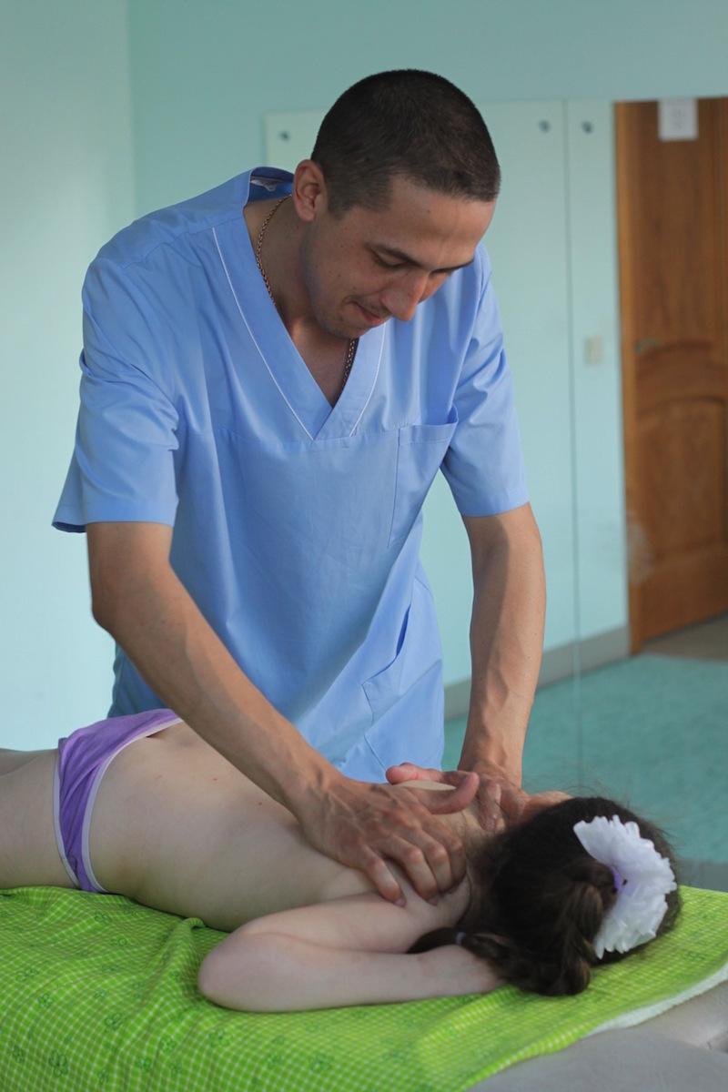 Рефлексотерапия у детей фото